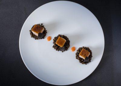 Anatra al miele di castagne, lenticchie nere e arancia di Michael Tirrito